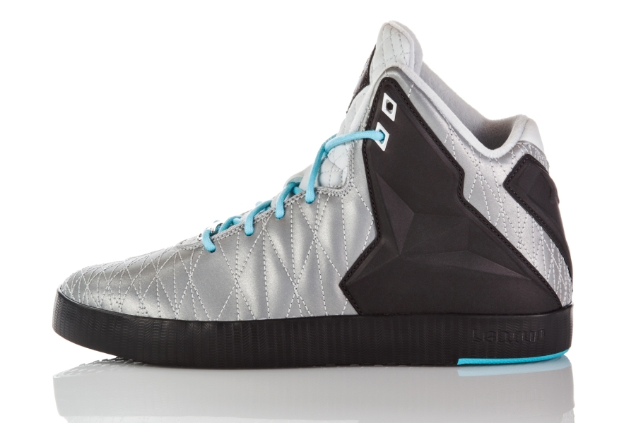 nike-lebron-11-nsw-lifestyle-official-images-15