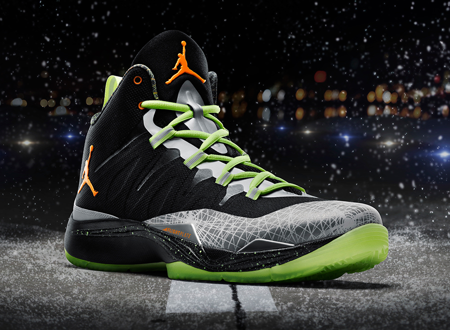 jordan-super.fly-2-christmas-officially-unveiled-3